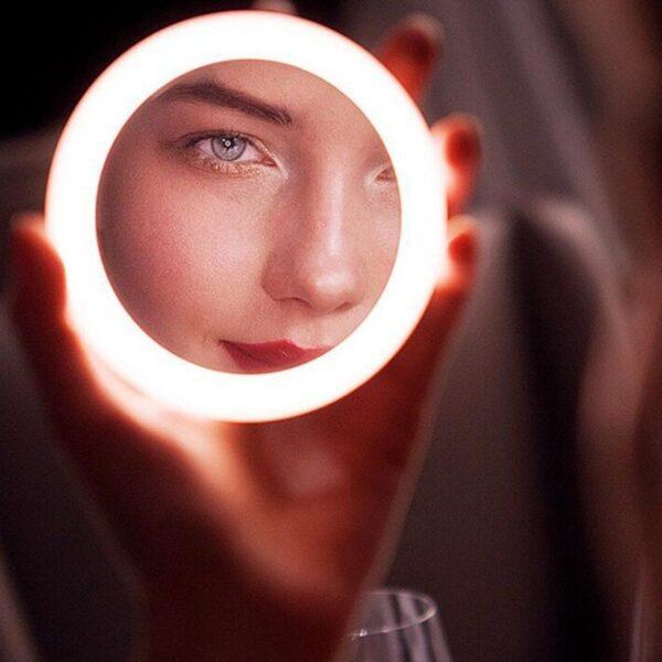 Espelho LED Portátil com Carregamento Sem Fio - Loja Oficial | XploudShop